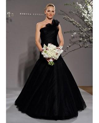Vestido de novia negro y rojo