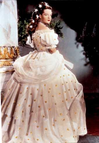 """Romy Schneider en la película """"Sisi Emperatriz"""", impresionante"""