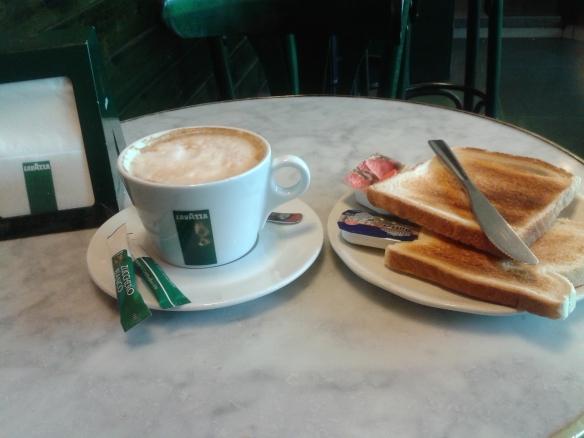 Mi desayuno de los domingos.
