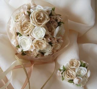 Pequeño ramo de flores de tela, hechas a mano de Contacto Floral-Accesorios