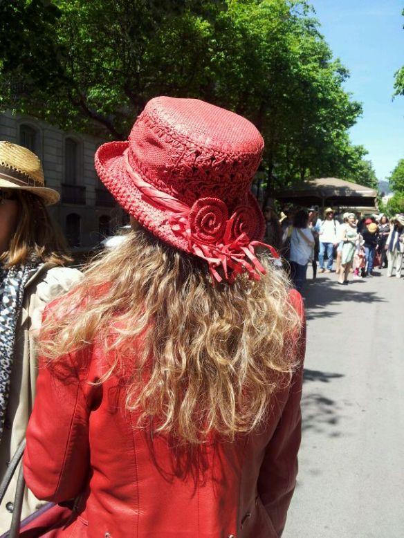 Con el día de sol que hacía, el sombrero me fue genial.